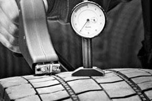Regravare anvelope pentru camioane